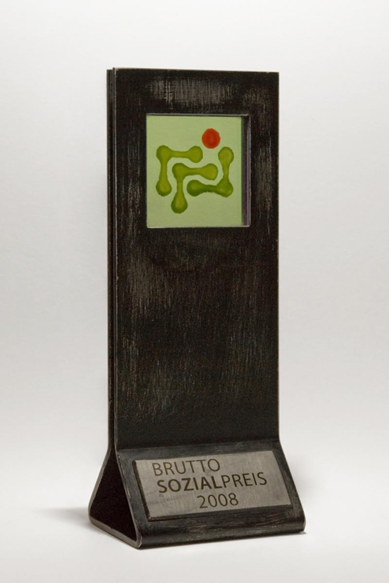 Titelbild zum Ruhm & Ehre-Eintrag »1. Platz beim BruttoSozialPreis 2008«